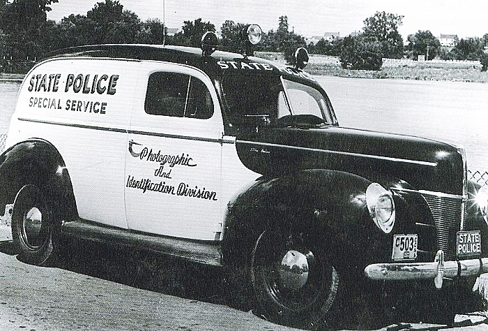 Connecticut police car image